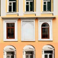Лаконичность образа в людях и строениях