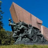 Памятный знак в честь освобождения города Смоленска и Смоленской области