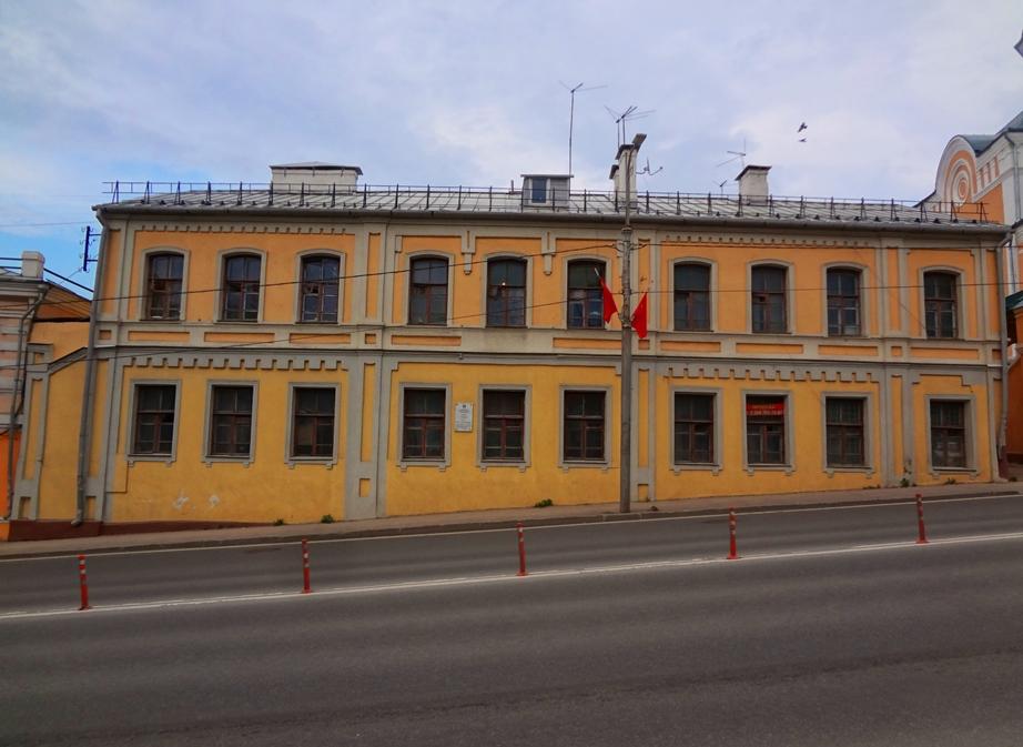 Semenov  Sovetskaja, 7